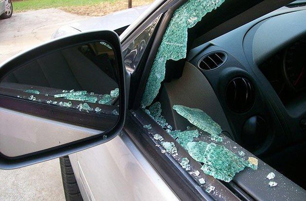 broken-auto-glass-628