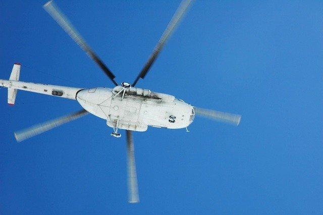 helicopter-bluesky-640